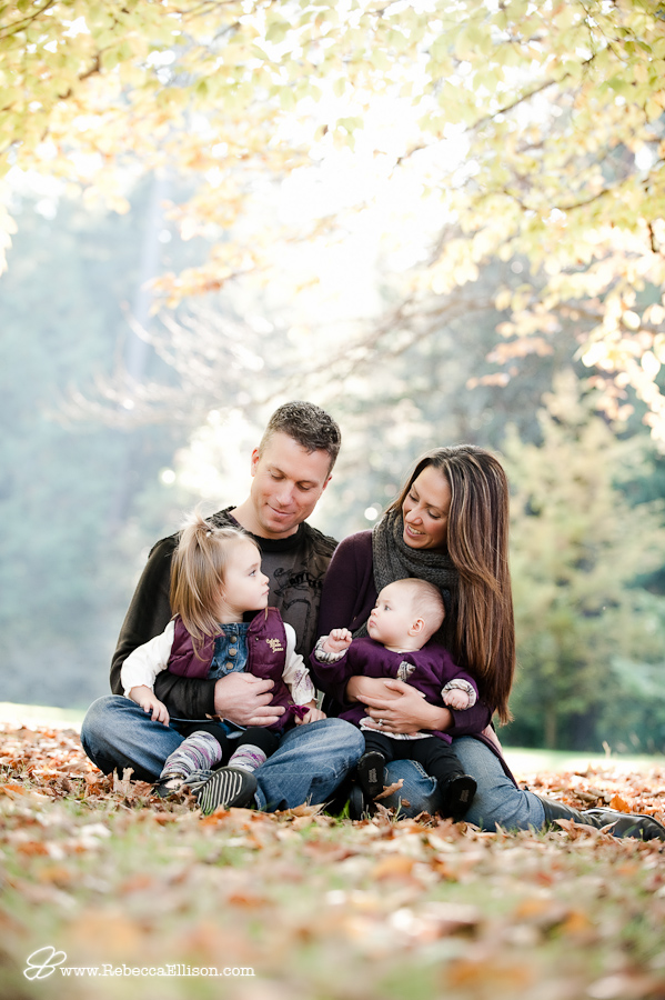 fall family portrait session in lincoln park, west seattle