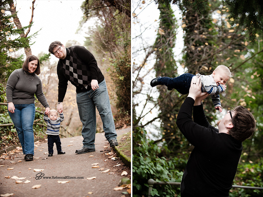 family portraits at Lincoln Park west seattle