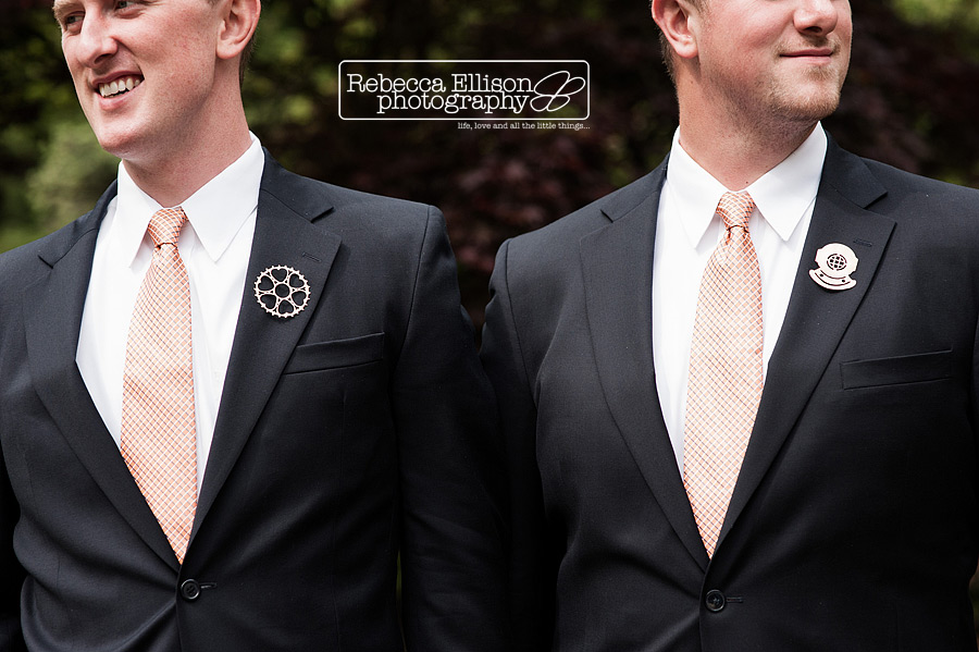groom and groomsmen wear pins instead of boutineers