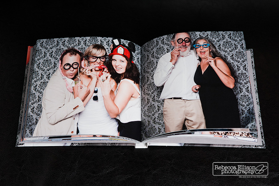 funniest wedding photo booth moments