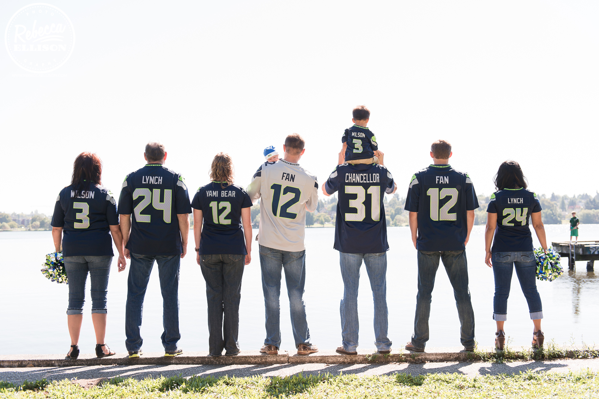 Seahawks jerseys at an extended family portrait session photographed by Seattle family photographer Rebecca Ellison