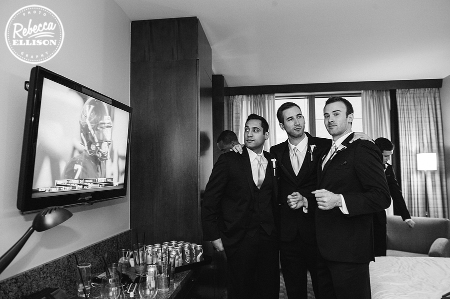 groomsmen get ready at a west seattle wedding photography by Rebecca Ellison