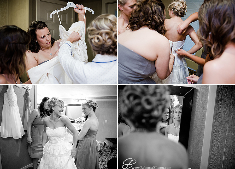 Snohomish wedding photographer Rebecca Ellison captures getting ready images of bride and her bridesmaids in the bridal room at Hidden Meadows