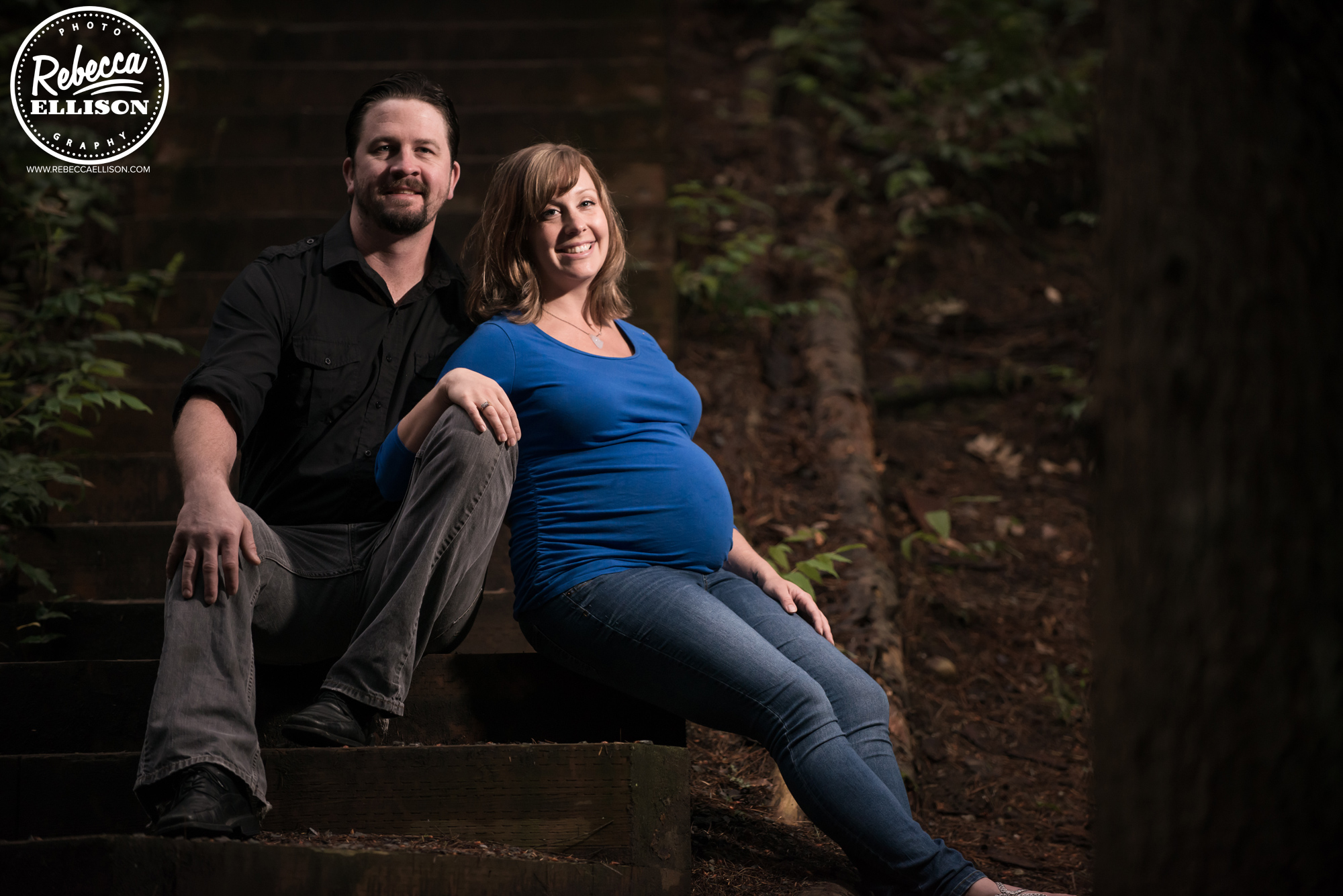 Family pregnancy photography in a forest setting photographed by Shoreline maternity photographer Rebecca Ellison