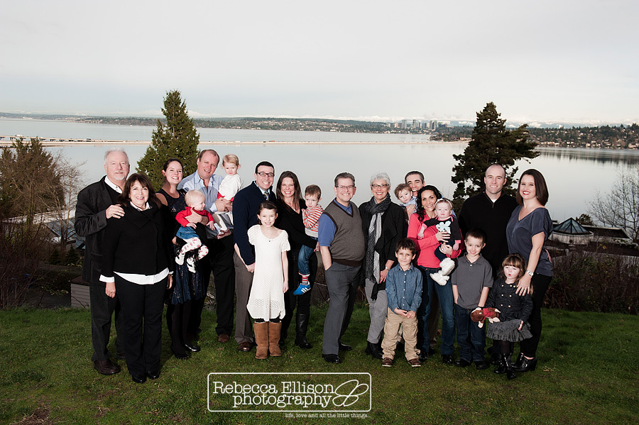Extended family portraits featuring multiple generations photographed by Seattle family photographer Rebecca Ellison