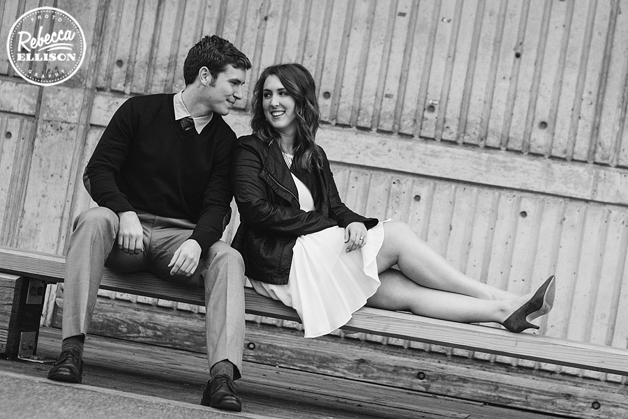 seattle-waterfront-engagement-photos003