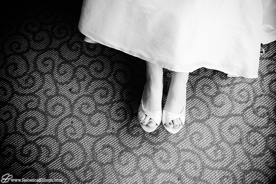a Seattle wedding at Hotel Deca