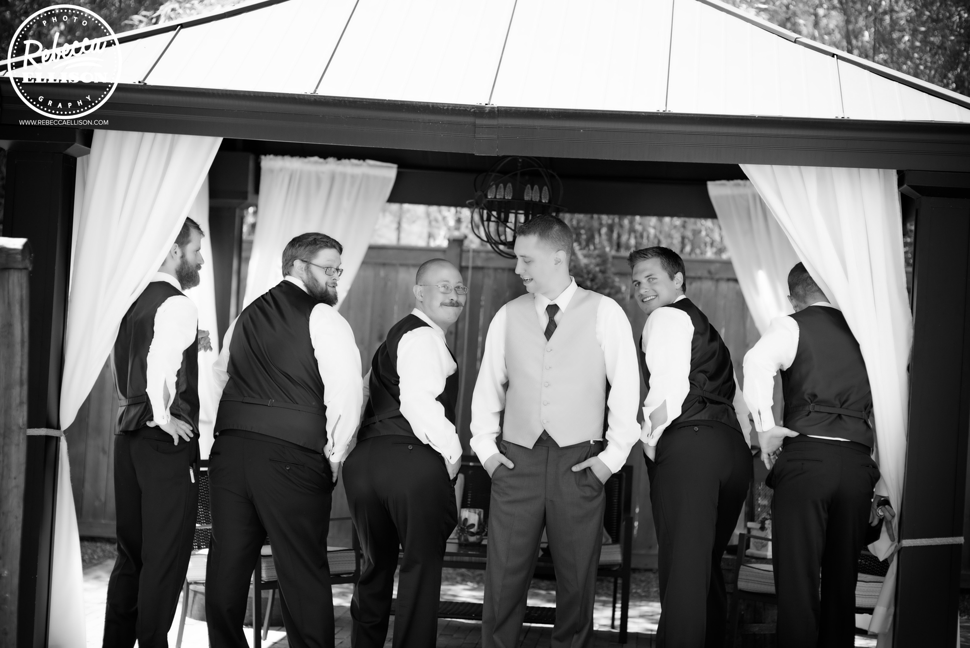 Groom and groomsmen at a Jardin Del Sol Wedding photographed by Seattle wedding photographer Rebecca Ellison
