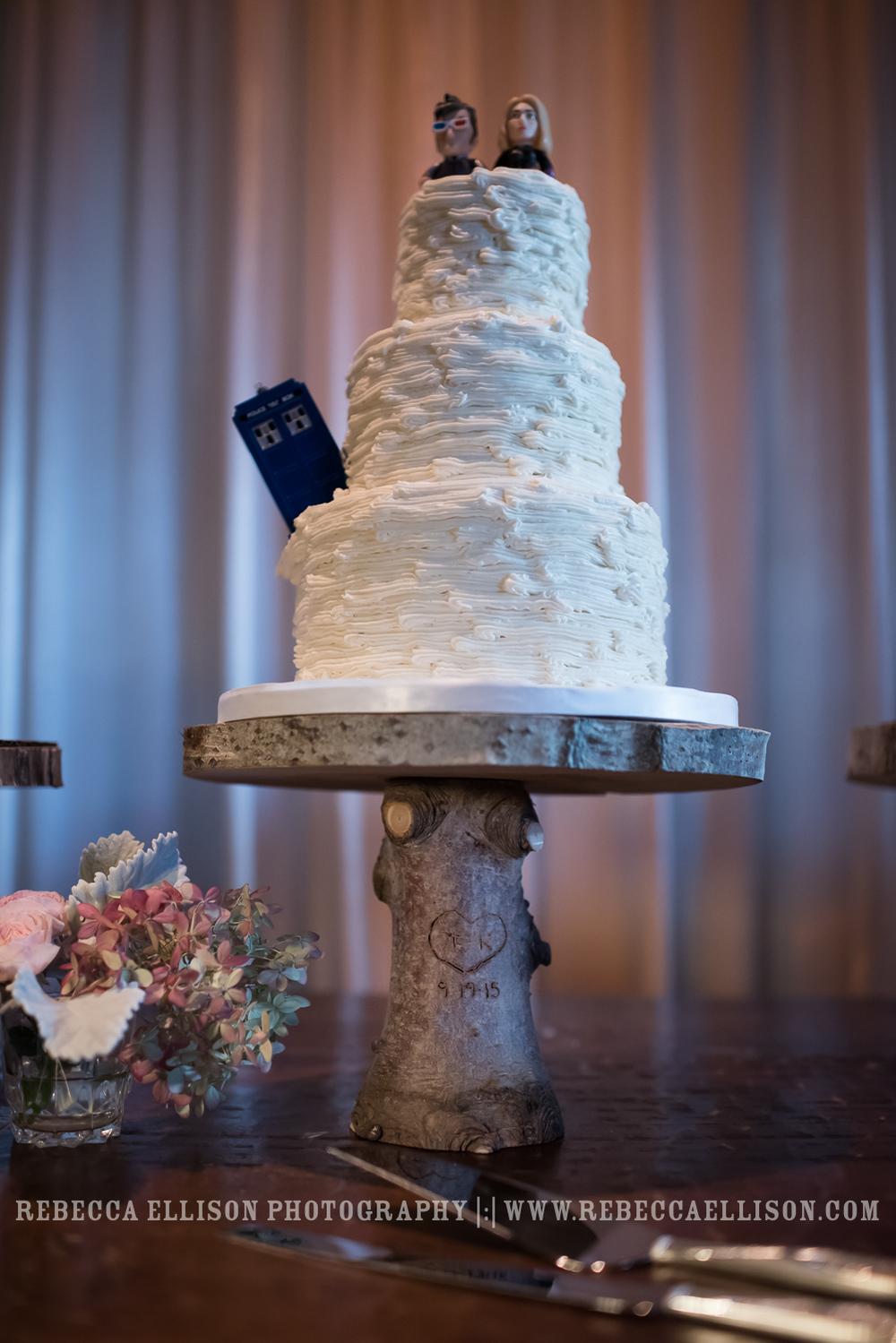 Tardis wedding cake