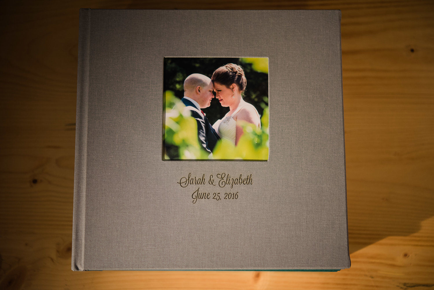 Why youll want a wedding album wedding and portrait photographer flush mount wedding albums custom made and embossed with your name and wedding date solutioingenieria Gallery