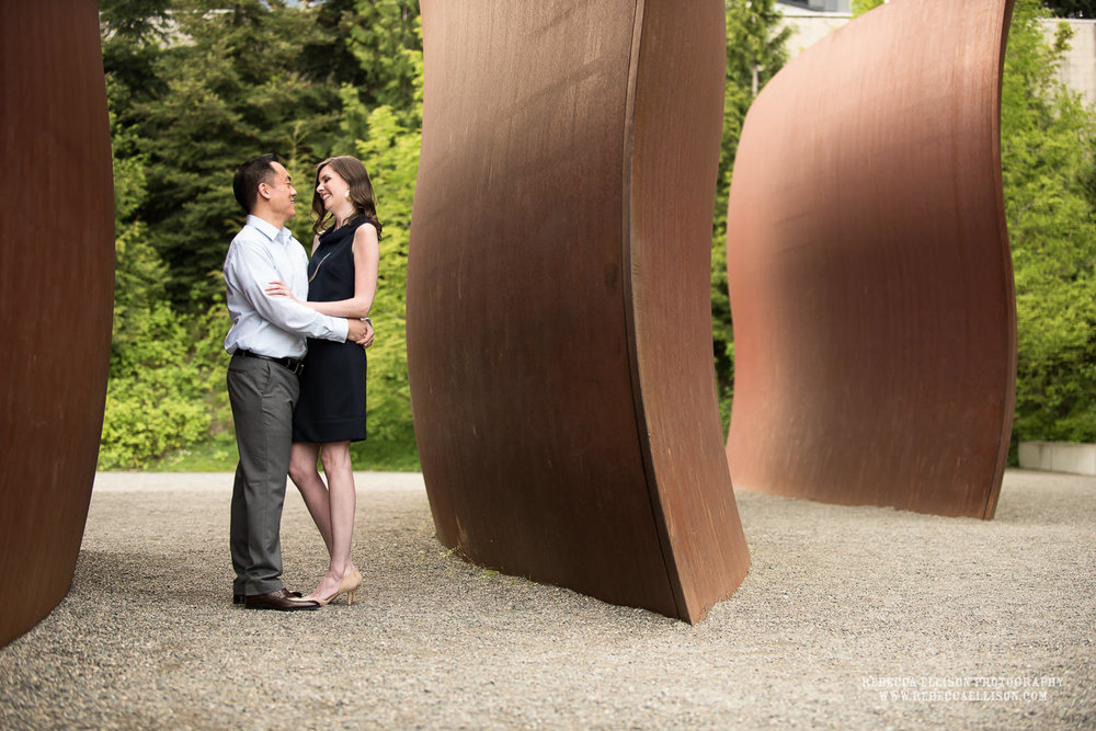 Summer engagement photos at the Olympic Sculpture Park of Victor and Melissa