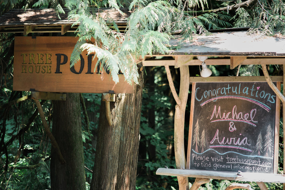 Treehouse Point wedding venue