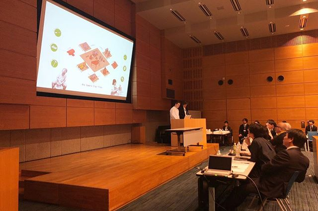 presenting.jpg