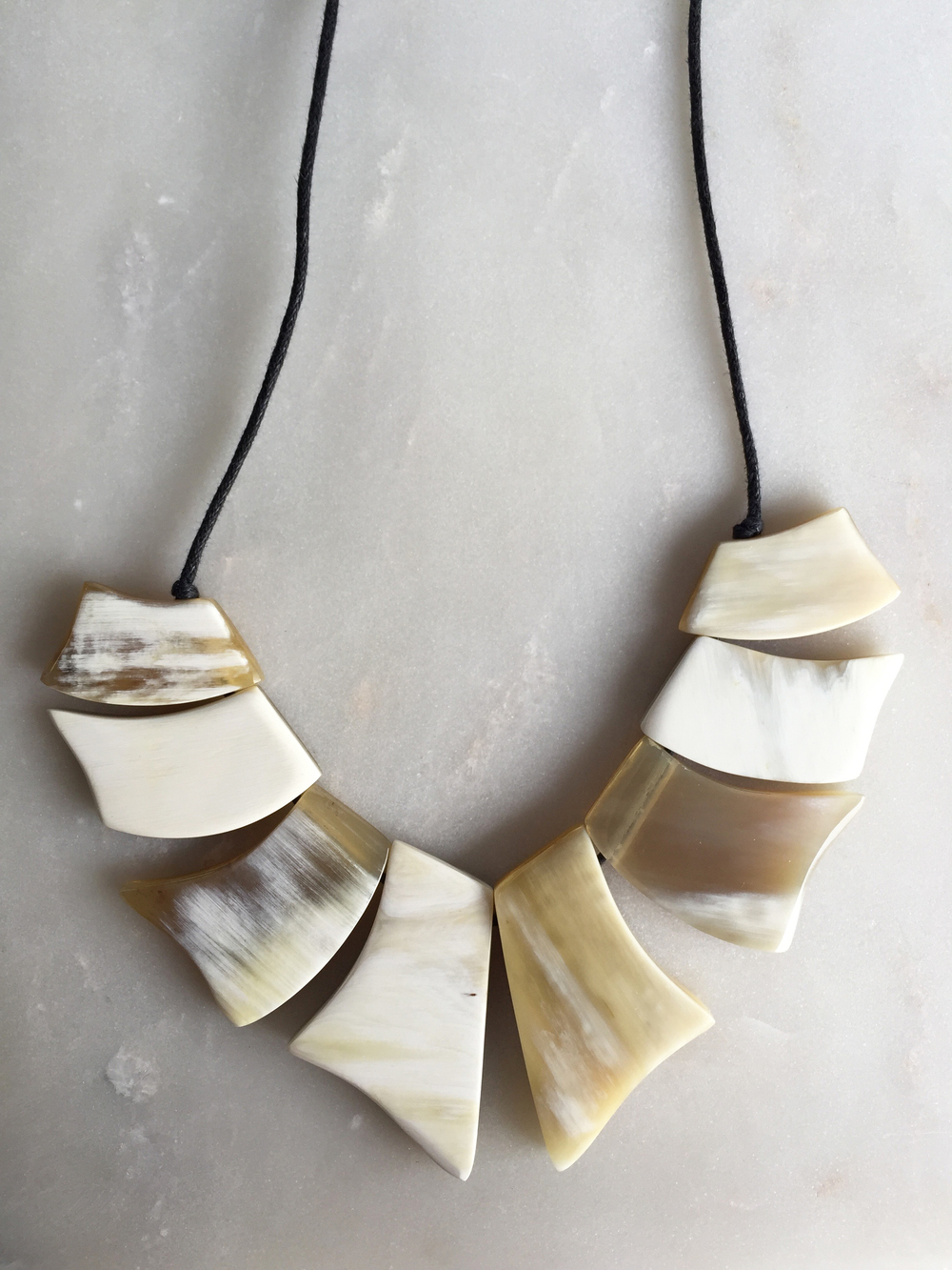 Bao White Collar Buffalo Horn Necklace