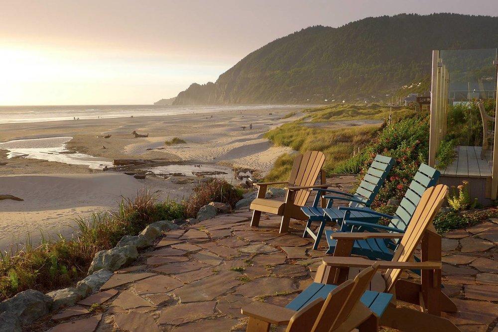 beachhousechairs.jpg