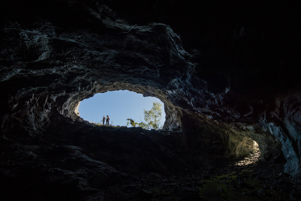 Litt utanfor allfarveg finn du spennande opplevingar for både store og små. Kva lurer inst inne i kopargruvene, skal tru? FOTO: Jan Ove Skjerping