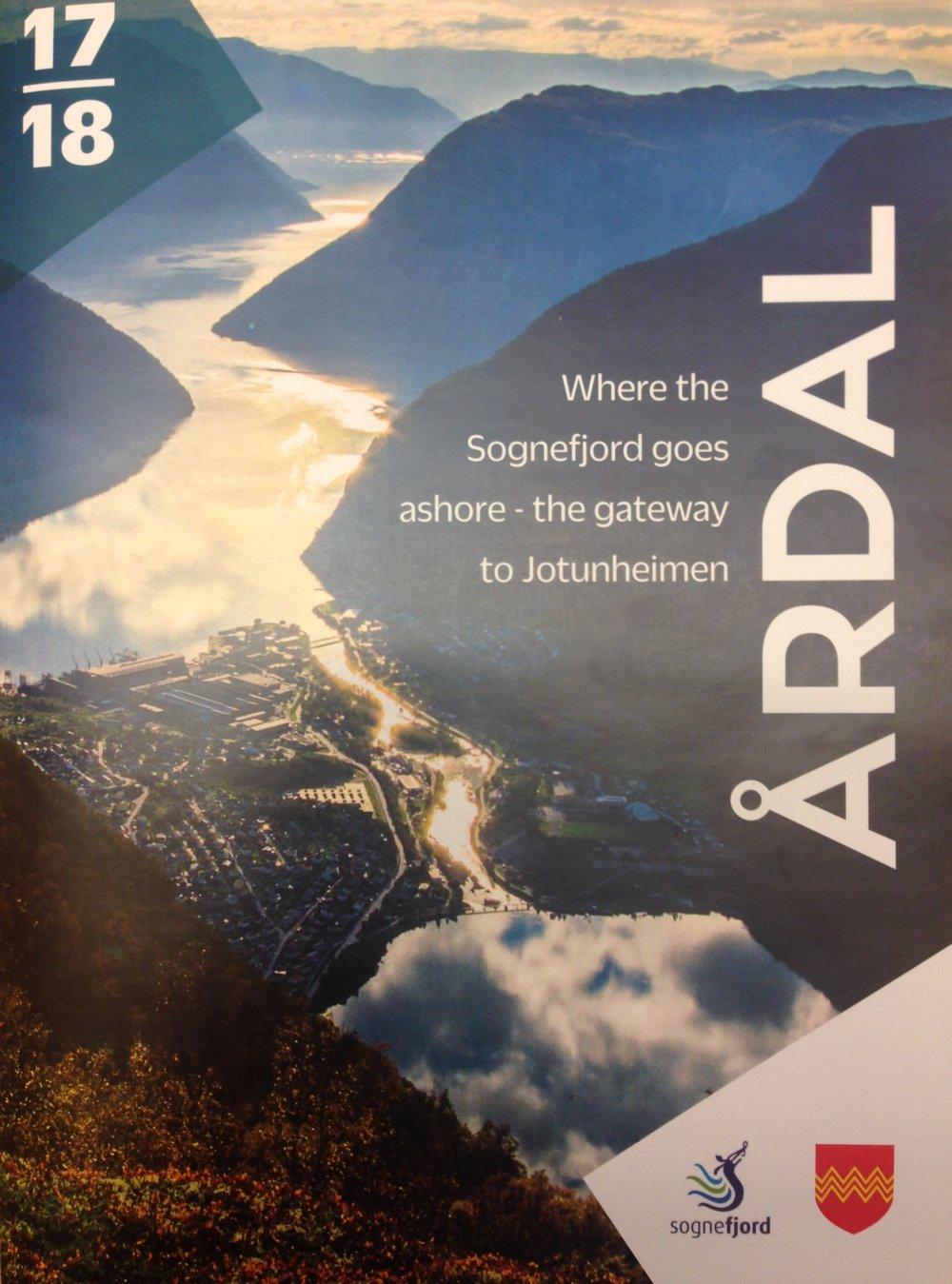Din guide til opplevingar, overnatting og handel i Årdal. Rettigheiter: Kjelde AS