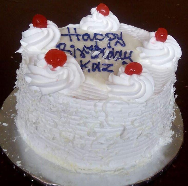 White forest cake 1 [718045].jpg