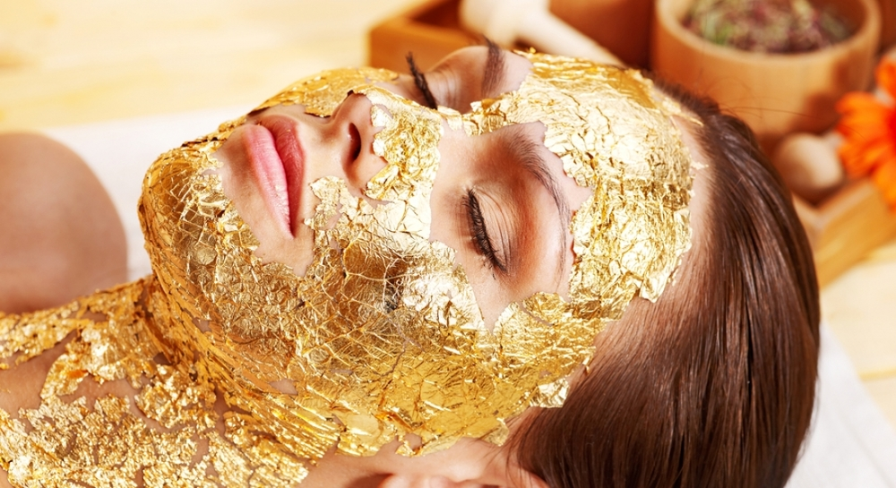 OROGOLD-All-About-the-Gold-Facial-mhmj6tpgo1d07eca8sfskcn86lyj5n5jewgp0eu1rk.jpg