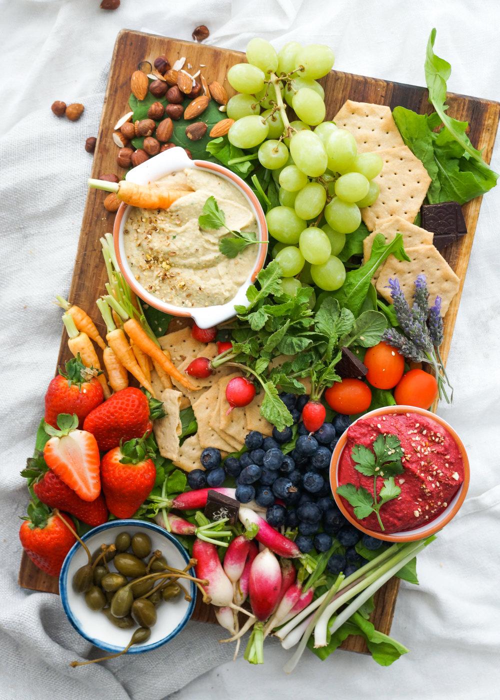Vegan hummus platter