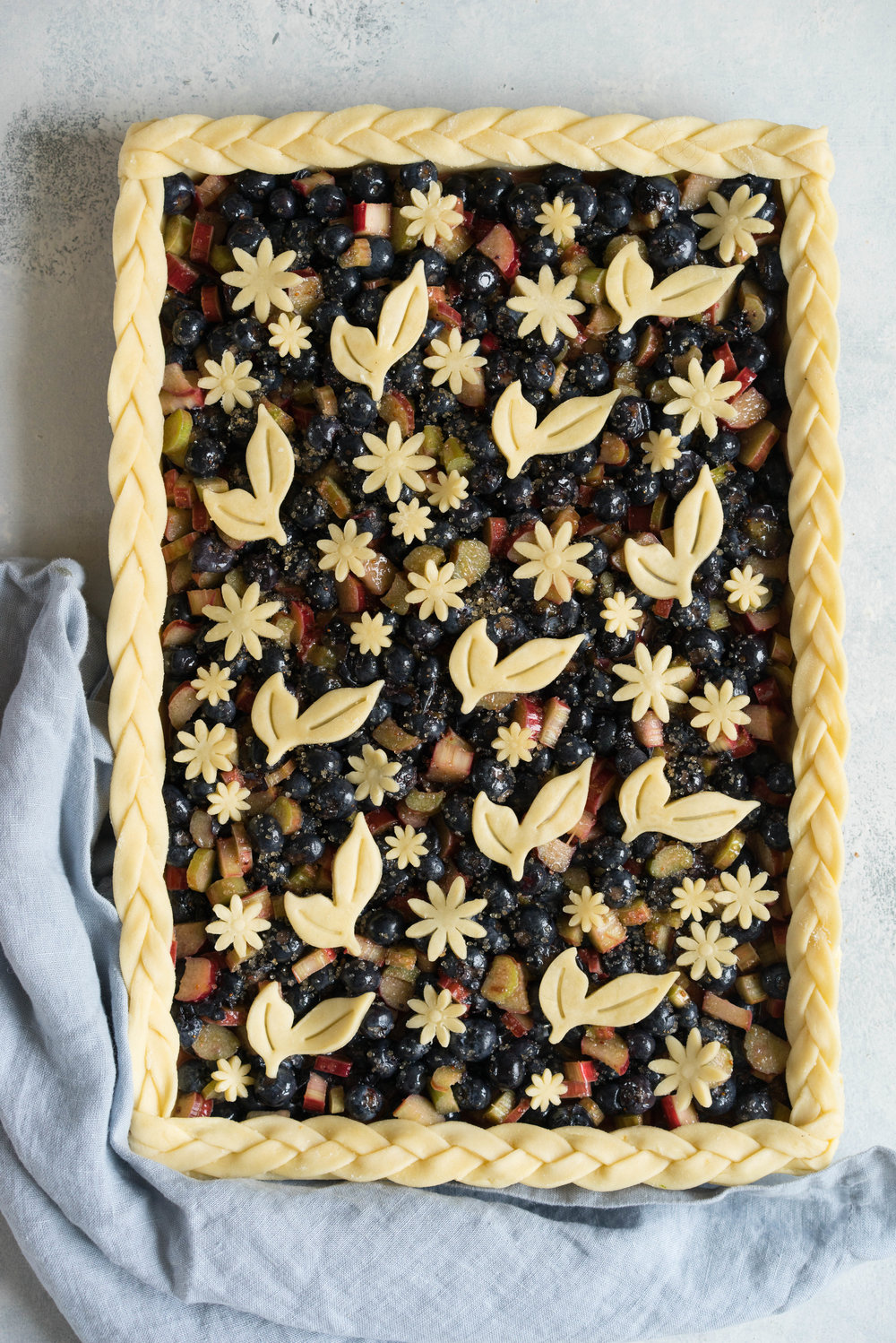 Blueberry and Rhubarb Slab pie - the ideal summer dessert for feeding a crowd!