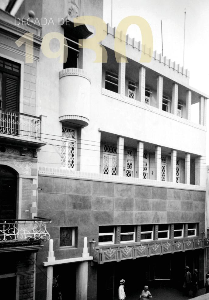 Edificio Fernández (antigua Casa Plavime), Calle El Conde, S.D. (junto a Leo Pou Ricart), 1936.