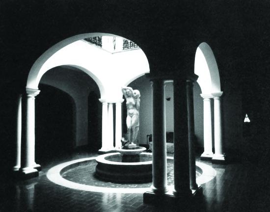 Patio Interior Residencia Martínez Alba
