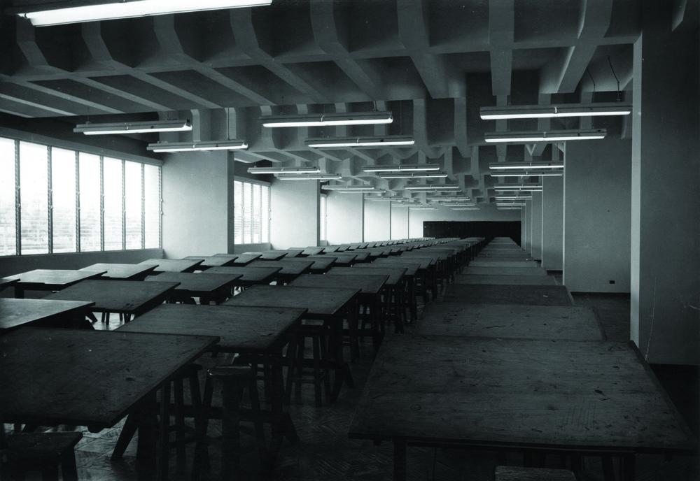 Facultad de Ingeniería y Arquitectura, Universidad de Santo Domingo, 1955.