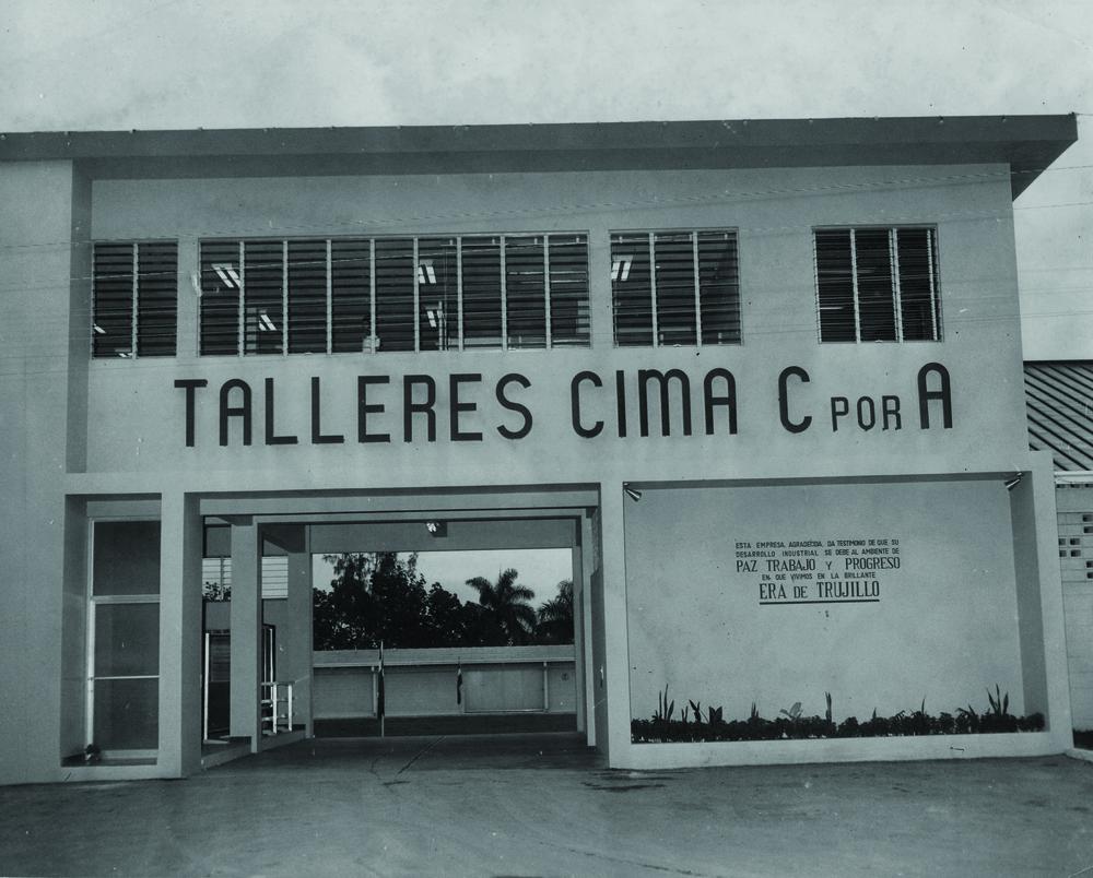 Instalaciones de Talleres Cima en Santo Domingo, c. 1950.
