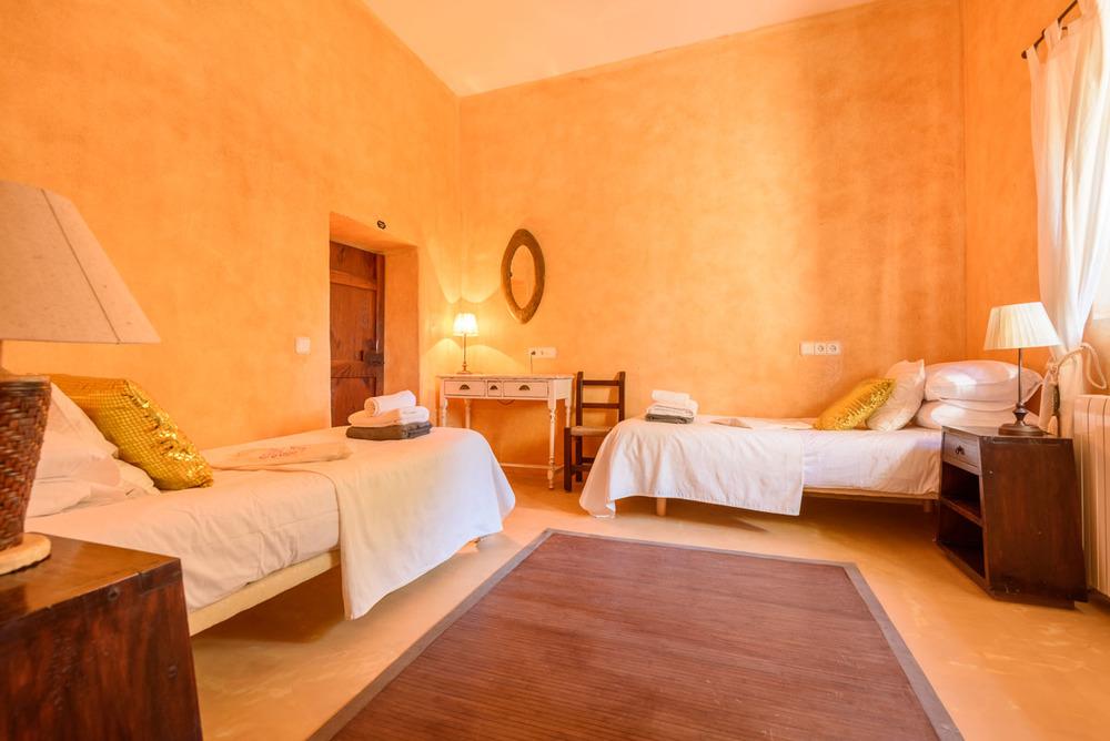 Yoga-Retreat-Ibiza-Luxury-Accomodation-6.jpg