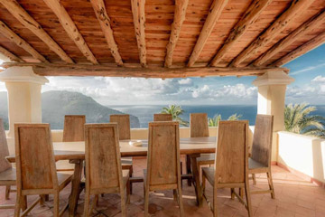 3-yoga-villa-ibiza-food-and-views.jpg