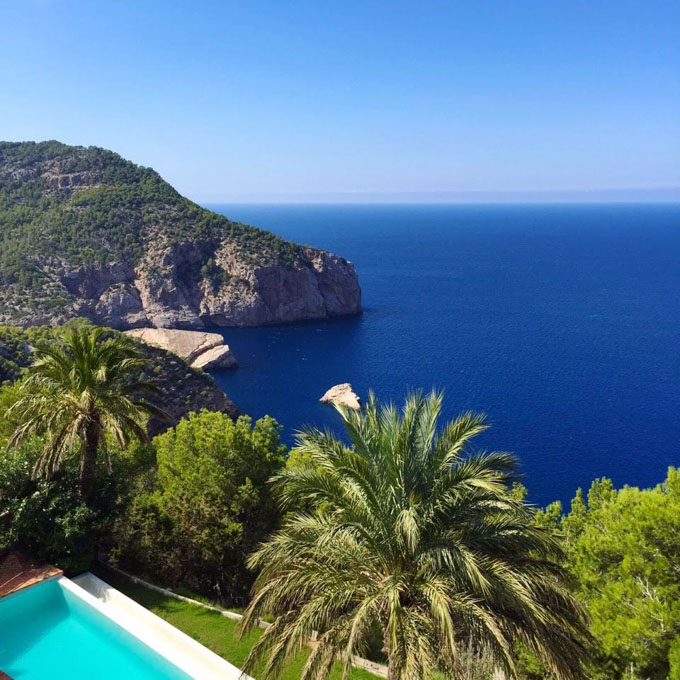 yoga retreat ibiza luxury villa near to a beach-17.jpg