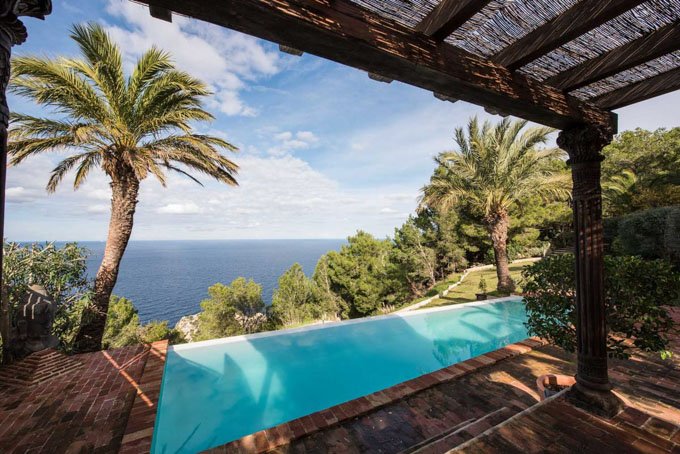 yoga retreat ibiza luxury villa near to a beach-23.jpg