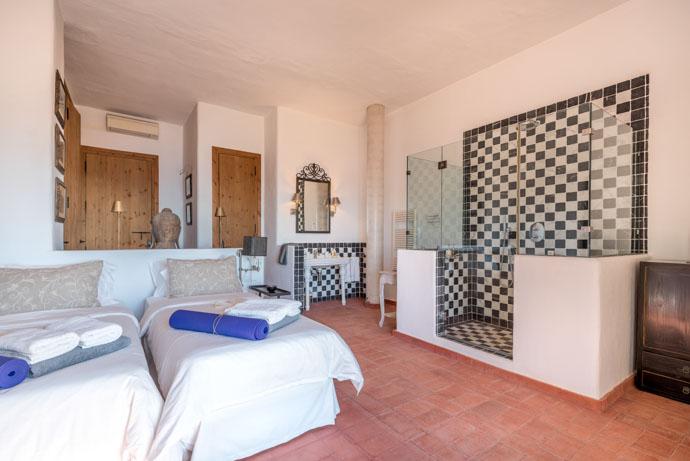 luxury+rooms+hotel+yoga+retreat+ibiza-2.jpg