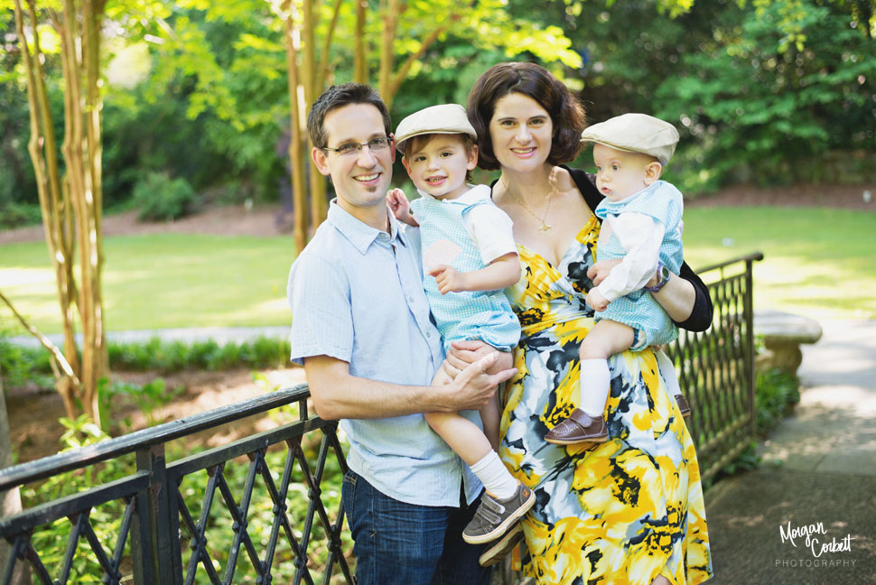 catorwoolfordgardensfamilyphotographer