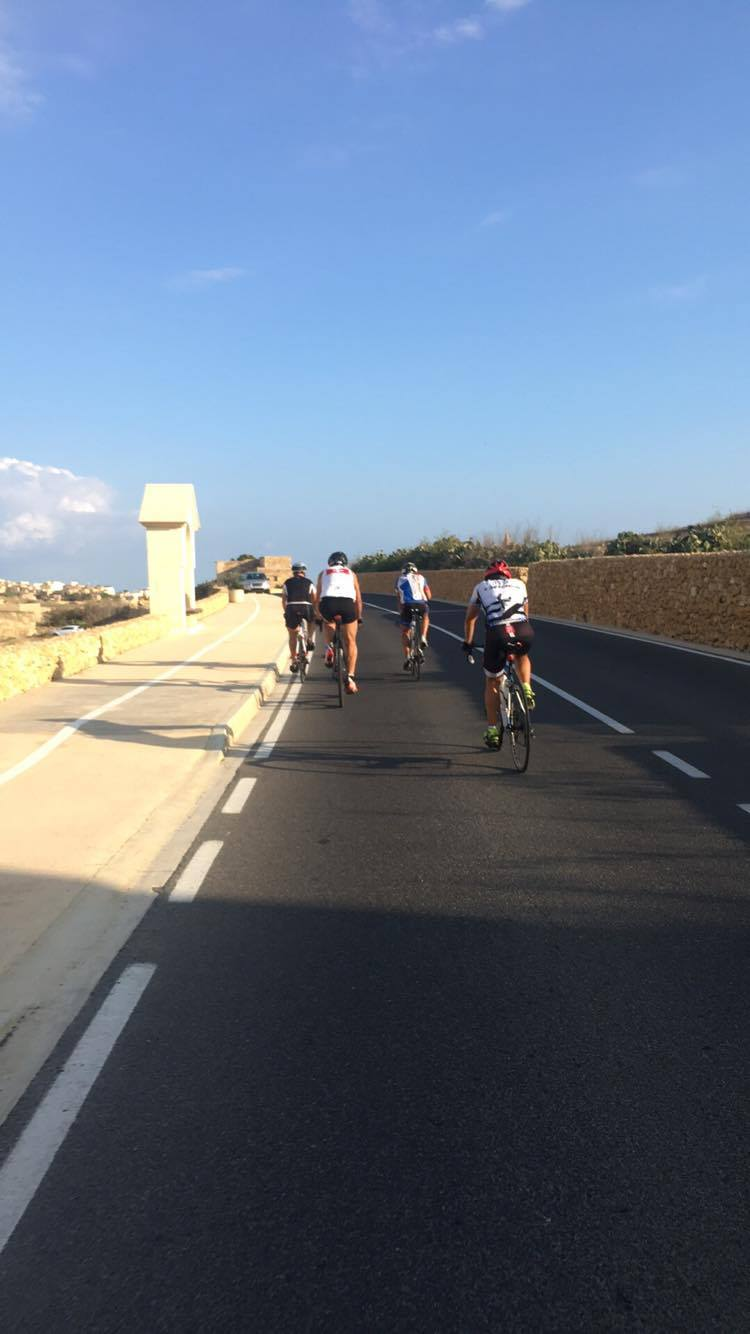 Early start, still waiting for 2 more riders to join in ! - Ta' Pinu