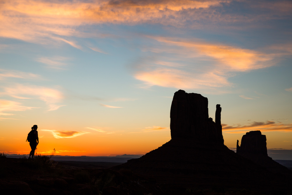 Sunrise hike in Monument Valley!