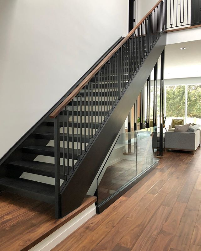Modern open rise 😍😍😍 #stairsbymillennium  #stairs #ajax #homeimprovement #homesweethome #custom #builtforyou #homestyle #interiordesign #home #designlife #stairsofinstagram
