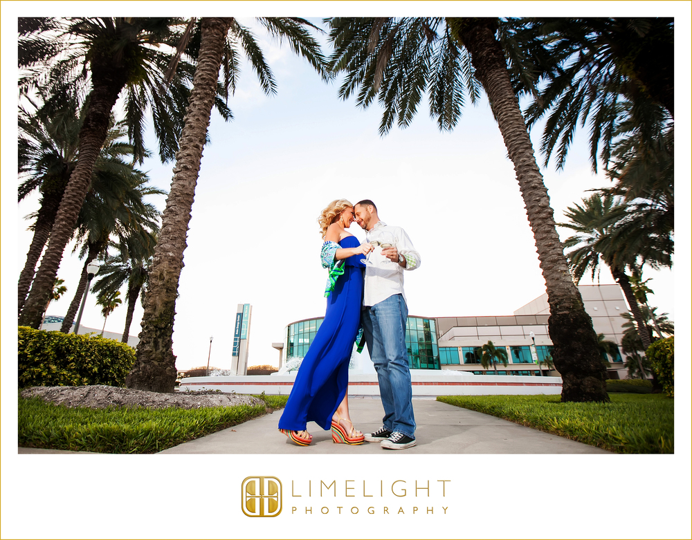 Engagement | Portraits | Downtown St. Petersburg | St. Petersburg | Florida | Step Into The Limelight | Limelight Photography