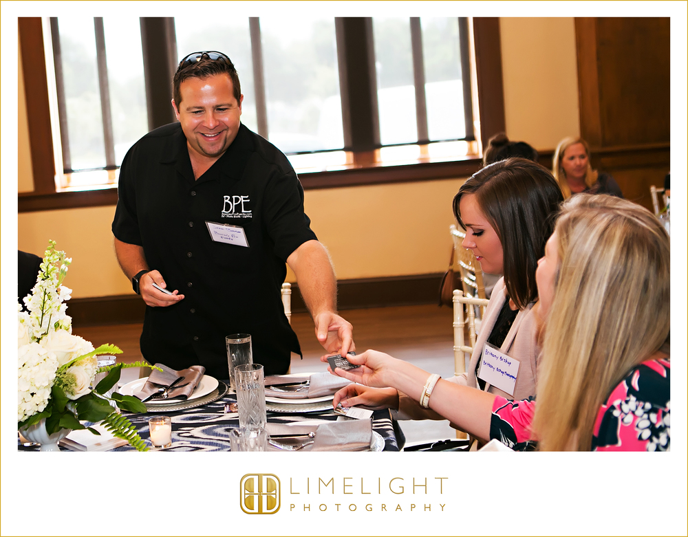 Community | Marry Me Tampa Bay Speed Networking | Networking | Sorosis Building | Tampa | Florida  | Limelight Photography