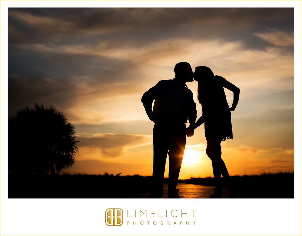 Bride   Finacee   Groom   Fiance   Wedding   Engagement   Sand Key Park   Clearwater Beach   Engagement Photography