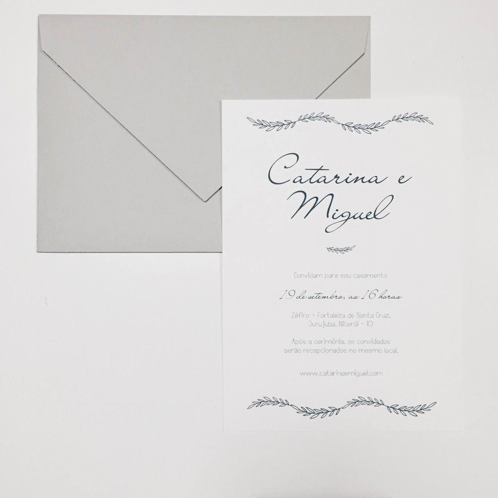MINIMAL III - Papel: texturizado 250gEnvelope: aba bico cinzaAcabamento: barbante + tagTamanho: 21x15cmOs convites são entregues finalizados, incluindo barbante e tag com nome dos convidados.{ a partir de R$9,50 }ITENS PERSONALIZÁVEIS: texto, tag, barbante.