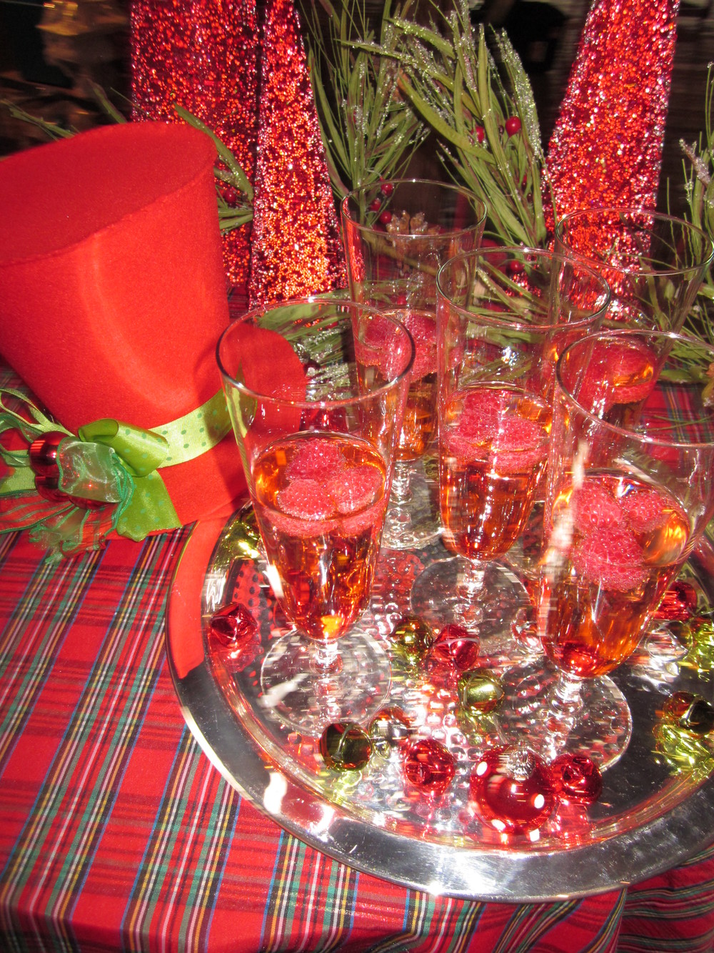G1028.Holiday.Cocktail.Table.jpg