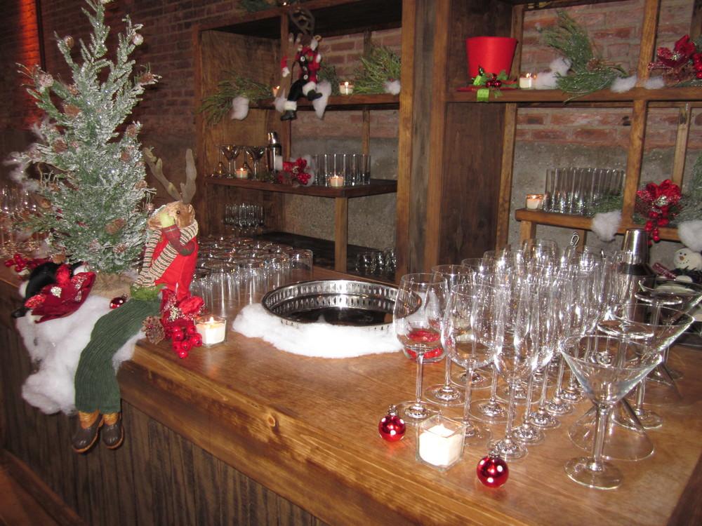 G1028.Holiday.Party.Bar.Closeup.jpg