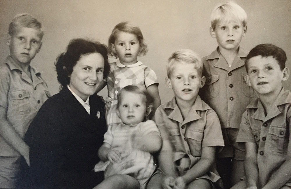 Family Portrait of Alice van der Lande and all her kids. Jan is 2nd from the right. (1962)