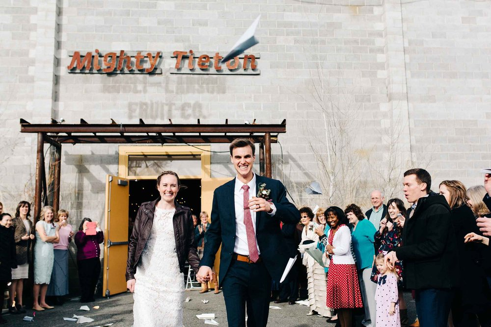 Mighty_Tieton_Tieton_Washington_Wedding_Photo_50.jpg