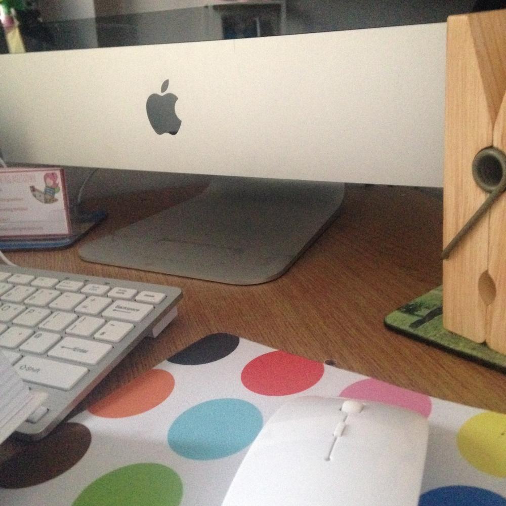 Desk crop.
