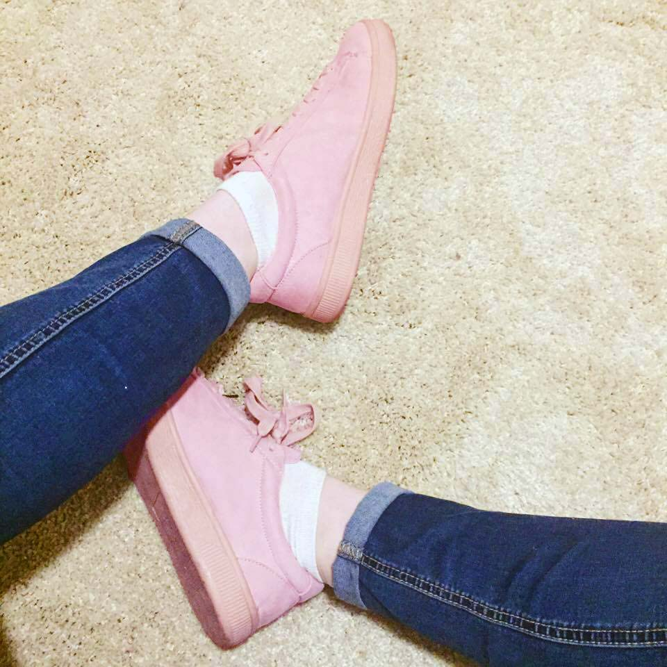 blushpinksneakers.jpg
