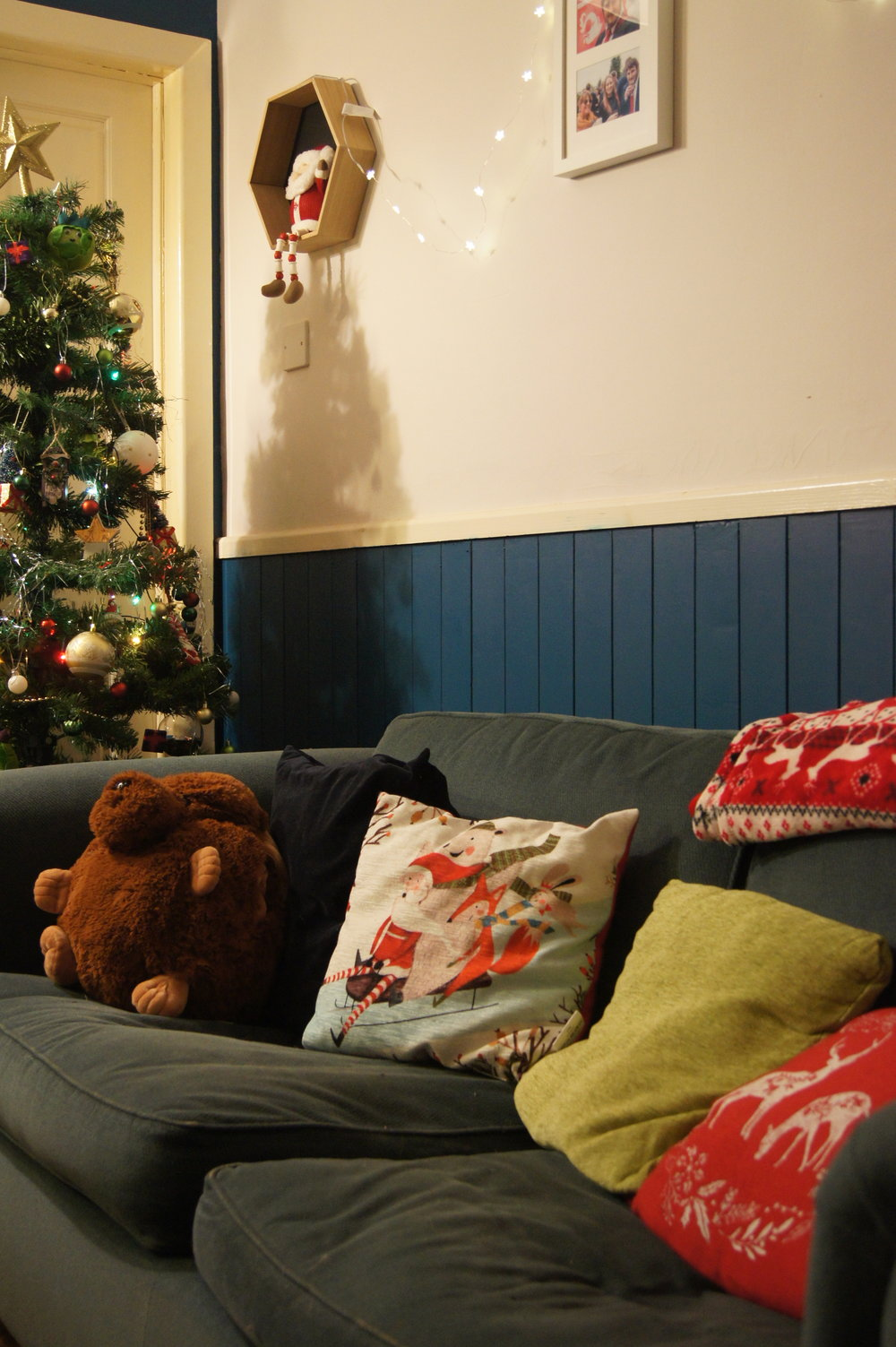christmascushions.jpg