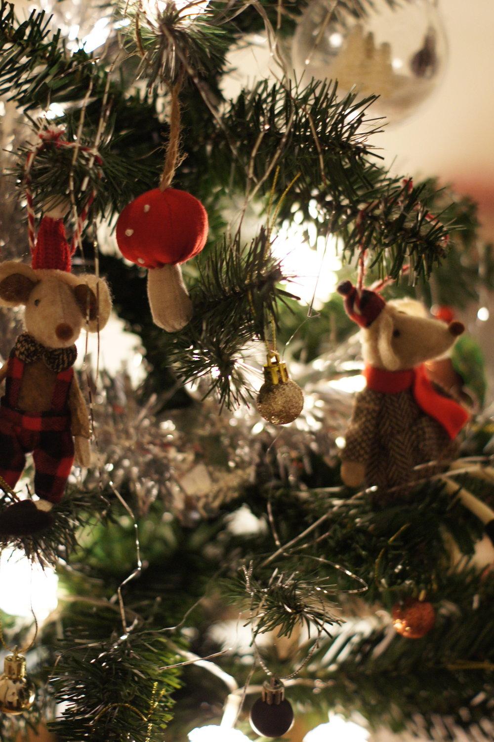 christmastree.jpg